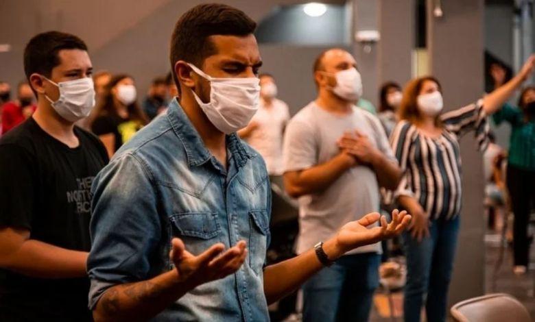 Pesquisa mostra que voltar à igreja é prioridade do brasileiro no pós-pandemia