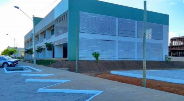 Com base em MP de Bolsonaro, reitor do IFTO nomeia diretor não eleito pela comunidade acadêmica