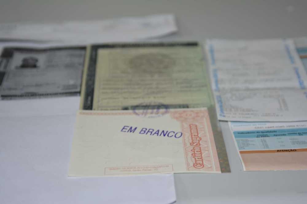 Servidor do Detran é preso suspeito de cobrar R$ 50 para agilizar processos no setor de veículos
