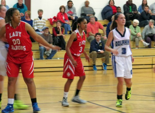 Left to right, Kaila Ballard, Alscia White, & Katice & Katie ONeal getting a pass. Photo by P. Vankevich