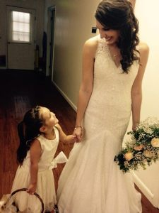 Courtney and Flower girl, Ava Loya. Poto by Jameson Colin