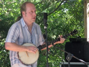 Rob Sharer, member of Craicdown performing at Ocrafolk Festival. Photo by P. Vankevich