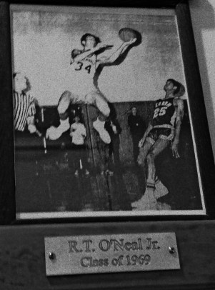 Ronnie O'Neal in his basketball heyday. Photo by P. Vankevich