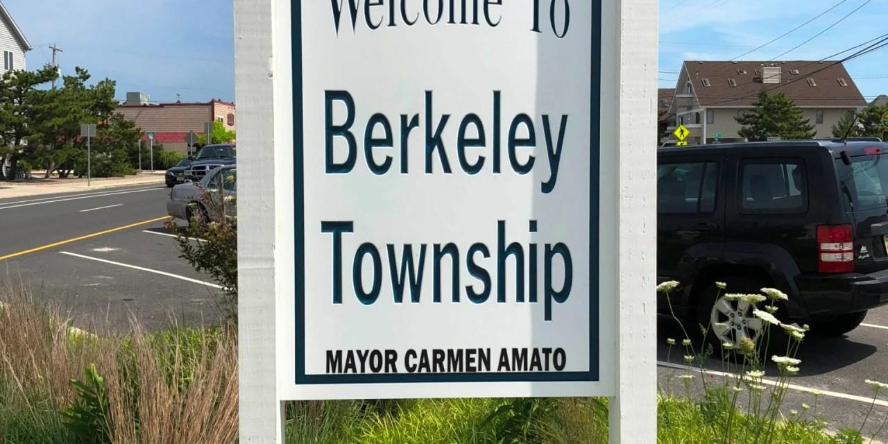 Berkeley Township : Pedestrian struck