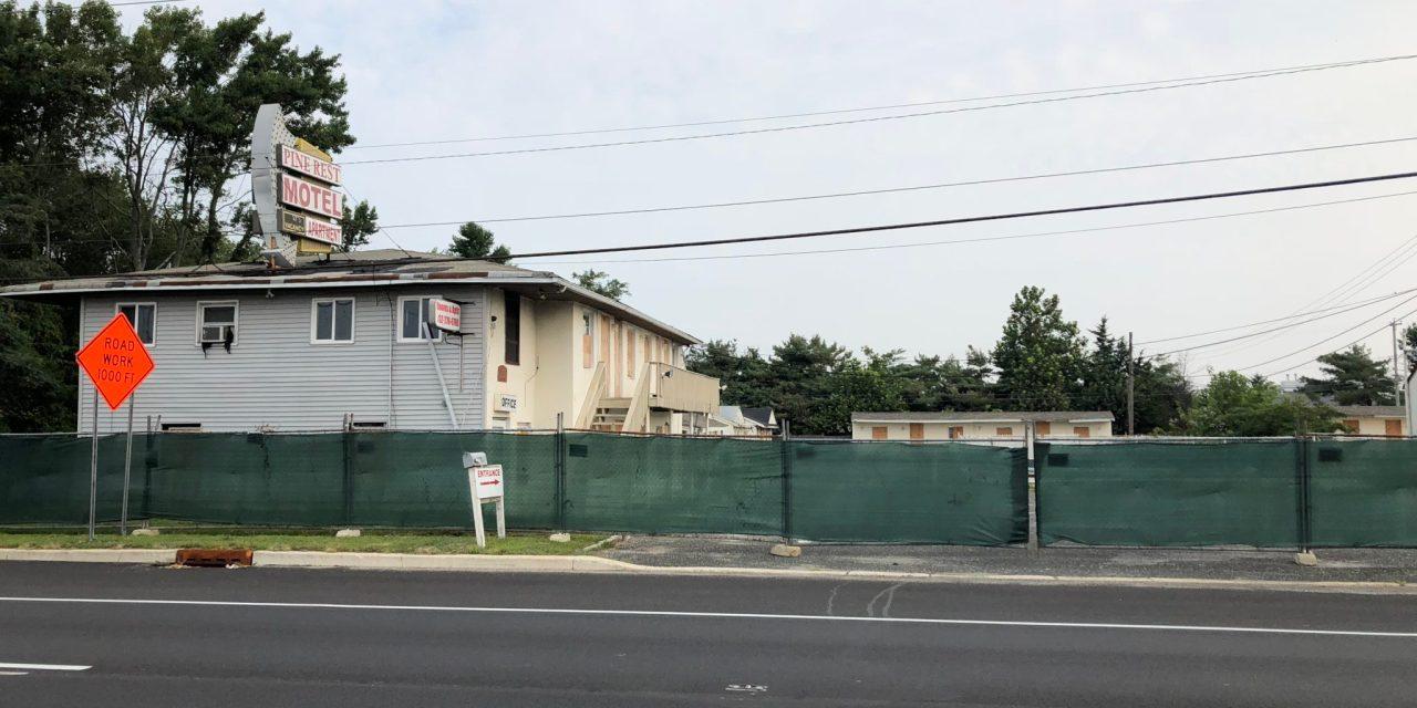 TR: Pine Rest Motel- Fenced Off!