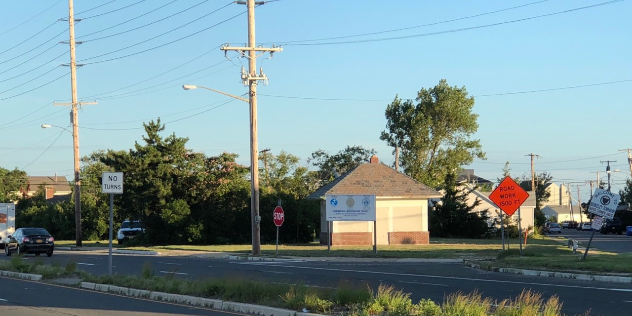 Pelican Island: Abandoned Gas Station.