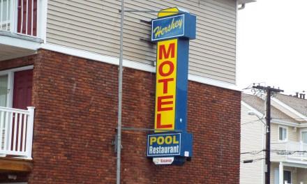 SSH: Hershey Motel- Overcrowded Balconies