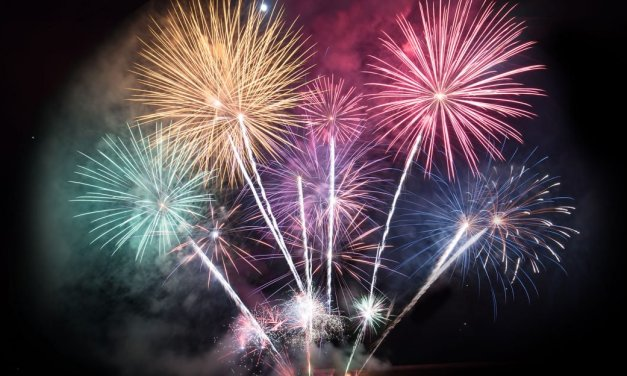 TOMS RIVER: Live Fireworks Planned at Shelter Cove Park