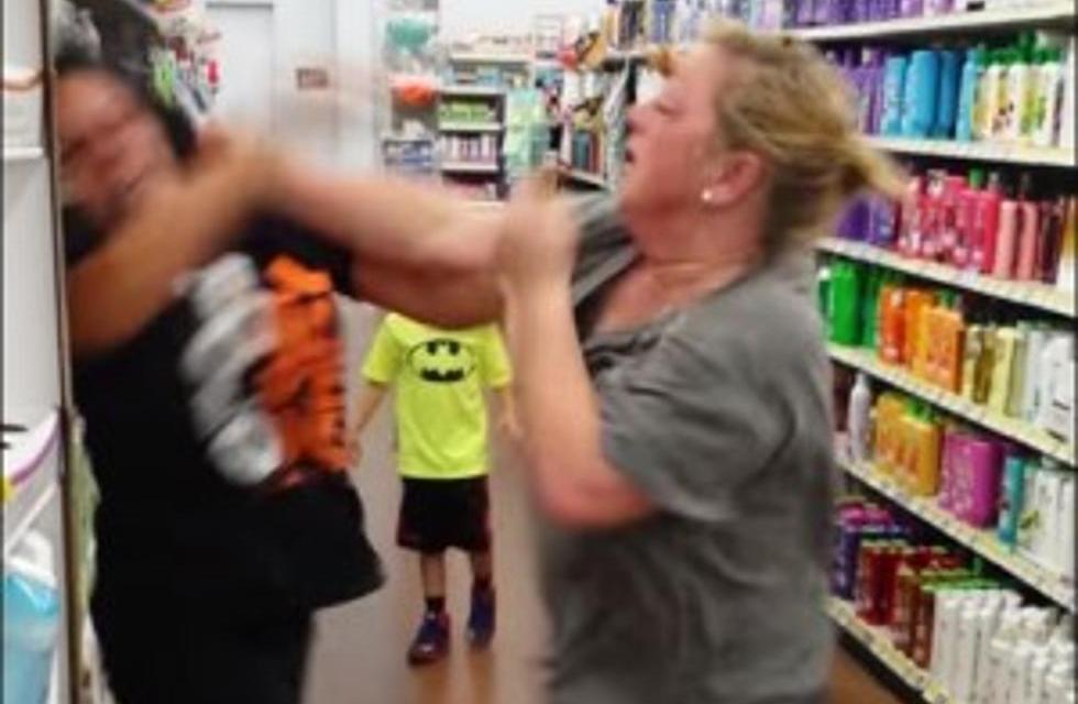 Two women brawl at Shoprite over Express lane