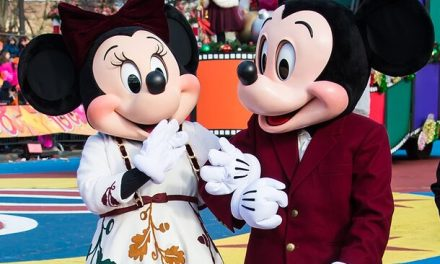 Mickey, Minnie and Donald Duck groped at Disney World