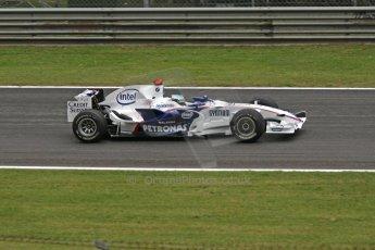 World © Octane Photographic Ltd. Italian GP, Monza, Formula 1 Practice 1. Friday 12th September 2008. Nick Heidfeld, BMW Sauber F1 Team F1.08. Digital Ref : 0842cb401d0018