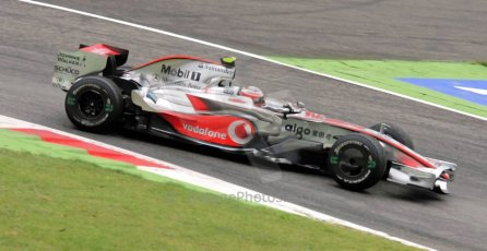 World © Octane Photographic Ltd. Italian GP, Monza, Formula 1 Practice 1. Friday 12th September 2008. Heikki Kovalainen, Vodafone McLaren Mercedes MP4-23. Digital Ref : 0842cb401d0020