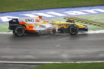 World © Octane Photographic Ltd. Italian GP, Monza, Formula 1 Practice 1. Friday 12th September 2008. Nelson Piquet, Jr., ING Renault F1 Team R28. Digital Ref : 0842cb401d0036