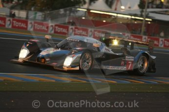 © Octane Photographic 2009. Le Mans 24hour 2009. Peugeot 908 HDi - Dunlop Hill at dawn. Digital ref: LM09_005