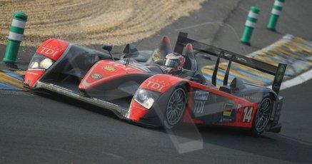 © Octane Photographic 2009. Le Mans 24hour 2009. Kolles Audi - Tetre Rouge approach. Digital ref: LM09_011