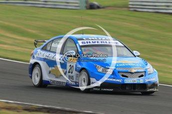 © Octane Photographic Ltd. 2010. British Touring Car Championship – Oulton Park. Saturday 5th June 2010. Digital Ref : 0125CB1D1531