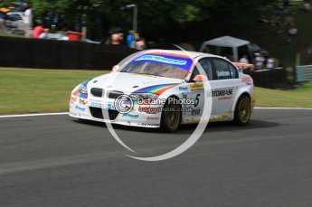 © Octane Photographic Ltd. 2010. British Touring Car Championship – Oulton Park. Saturday 5th June 2010. Digital Ref : 0125CB7D4574