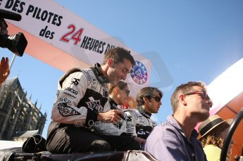2010 Le Mans 24 Hour (24 Heures du Mans), 11th June 2010. Drivers' parade. Signature Plus - Franck Mailleux, Vanina Ickx, Pierre Ragues. Digital ref : LW40D2618