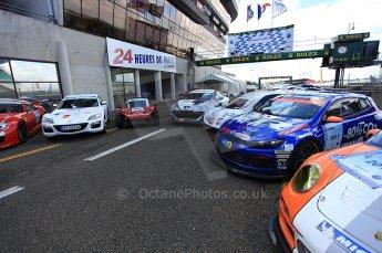 2010 Le Mans 24 Hour (24 Heures du Mans), 11th June 2010. The pit lane. Digital ref : CB5D3060
