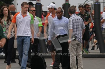 © Octane Photographic Ltd. 2011. Formula 1 World Championship – Italy – Monza – 10th September 2011 - Paul di Resta of Force India with his manager Anthony Hamilton – Free practice 3 – Digital Ref :  0175LW7D5813