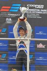 © Octane Photographic 2011 – Formula 3. Race 1. 24th September 2011. Digital Ref : 0184lw1d6142
