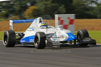 © Octane Photographic Ltd. 2011. Formula Renault 2.0 UK – Snetterton 300, Oliver Rowland - Fortec Motorsports. Sunday 7th August 2011. Digital Ref : 0123LW7D0390