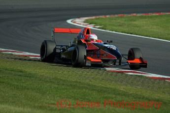 Alice Powell, Formula Renault, Brands Hatch, 01/10/2011