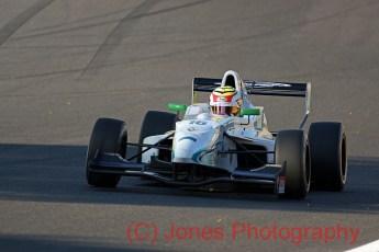 Dan Wells, Formula Renault, Brands Hatch