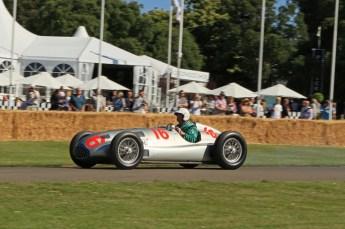 © Octane Photographic 2011. Goodwood Festival of Speed, Historic F1 Mercedes, Friday 1st July 2011. Digital Ref : 0101CB1D7407