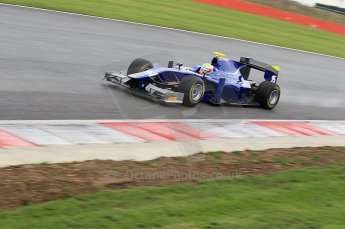 © Octane Photographic 2011. GP2 Official pre-season testing, Silverstone, Tuesday 5th April 2011. Carlin - Oliver Turvey. Digital Ref : 0039CB1D7442