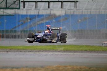 © Octane Photographic 2011. GP2 Official pre-season testing, Silverstone, Tuesday 5th April 2011. Carlin - Max Chilton. Digital Ref : 0039CB7D0271