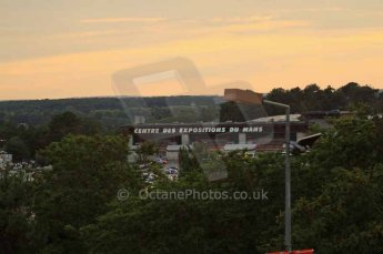 © Octane Photographic 2011. Le Mans night qualifying 9th June 2011. La Sarthe, France. Digital Ref : 0077LW7D4585