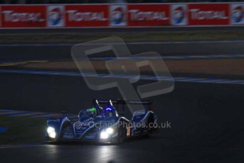 © Octane Photographic 2011. Le Mans night qualifying 9th June 2011. La Sarthe, France. Digital Ref : 0077LW7D4685