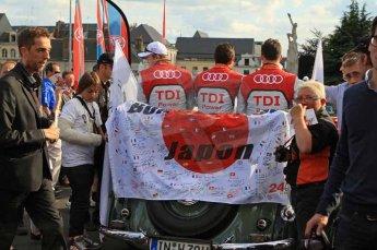 © Octane Photographic 2011. Le Mans Drivers' parade, 10th June 2011. Digital Ref : 0078LW7D5141