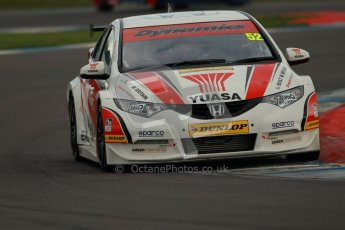 © Octane Photographic Ltd. BTCC - Round Two - Donington Park - Quail. Saturday 14th April 2012. Gordon Shedden, Honda Civic, Honda Yuasa Racing Team. Digital ref : 0294lw1d7516