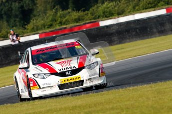 © Octane Photographic Ltd./Chris Enion. British Touring Car Championship – Round 6, Snetterton, Saturday 11th August 2012. Free Practice 1. Gordon Shedden - Honda Yuasa Racing Team, Honda Civic. Digital Ref : 0452ce1d0045