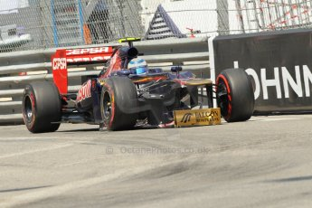 © Octane Photographic Ltd. 2012. F1 Monte Carlo - Qualifying - Session 2. Saturday 26th May 2012. Jean-Eric Vergne limps back to the pits with a damaged front wing - Toro Rosso. Digital Ref : 0355cb1d6710