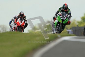 © Octane Photographic Ltd 2012. World Superbike Championship – European GP – Donington Park, Sunday 13th May 2012. Race 2. Tom Sykes and Max Biaggi. Digital Ref : 0337cb1d5563