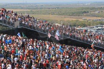 World © Octane Photographic Ltd. F1 USA GP, Austin, Texas, Circuit of the Americas (COTA), Sunday 17th November 2013 - Atmosphere. The fans on race day. Digital Ref : 0860lw1d5857