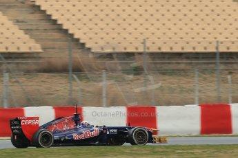 World © Octane Photographic Ltd. Formula 1 Winter testing, Barcelona – Circuit de Catalunya, 19th February 2013. Toro Rosso STR8, Daniel Ricciardo. Digital Ref: 0576lw1d1496