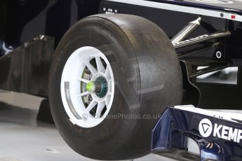World © Octane Photographic Ltd. F1 Italian GP - Monza, Sunday 8th September 2013 - Race Preparation. Williams FW35 front wheel in white. Digital Ref : 0824cb7d6126