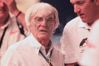 World © Octane Photographic Ltd. 2014 Formula 1 Abu Dhabi Grand Prix, F1 Qualifying, Saturday 22nd November 2014. Bernie Ecclestone. Digital Ref : 1166CB1D9013