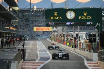 World © Octane Photographic Ltd. Saturday 22nd November 2014. Abu Dhabi Grand Prix - Yas Marina Circuit - Formula 1 Qualifying. Mercedes AMG Petronas F1 W05 - Nico Rosberg. Digital Ref: 1166LB1D1357