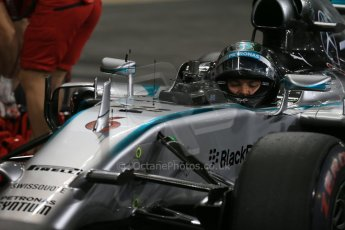 World © Octane Photographic Ltd. 2014 Formula 1 Abu Dhabi Grand Prix, F1 Qualifying, Saturday 22nd November 2014. Mercedes AMG Petronas F1 W05 - Nico Rosberg. Digital Ref : 1166LB1D1504