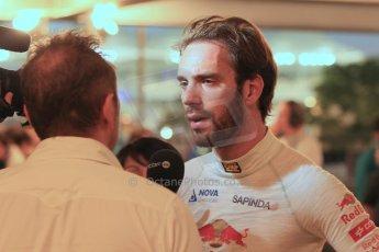 World © Octane Photographic Ltd. 2014 Formula 1 Abu Dhabi Grand Prix, F1 Qualifying, Saturday 22nd November 2014. Scuderia Toro Rosso - Jean-Eric Vergne. Digital Ref : 1166LW1L8340