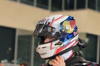 World © Octane Photographic Ltd. 2014 Formula 1 Abu Dhabi Grand Prix, F1 Qualifying, Saturday 22nd November 2014. Scuderia Toro Rosso. Danil Kvyat. Digital Ref : 1166LW1L8484