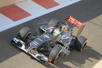 World © Octane Photographic Ltd. Tuesday 25th November 2014. Abu Dhabi Testing - Yas Marina Circuit. Sauber C33 – Marcus Ericsson. Digital Ref: 1174CB1D8076
