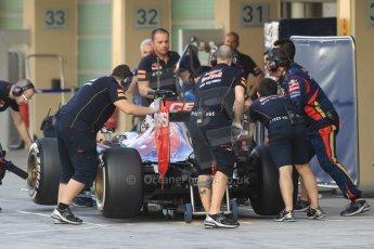 World © Octane Photographic Ltd. Tuesday 25th November 2014. Abu Dhabi Testing - Yas Marina Circuit. Scuderia Toro Rosso STR9 – Max Verstappen. Digital Ref: 1174CB7D8813