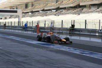 World © Octane Photographic Ltd. Tuesday 25th November 2014. Abu Dhabi Testing - Yas Marina Circuit. Infiniti Red Bull Racing RB10 – Carlos Sainz jr. Digital Ref: 1174LB1D8229