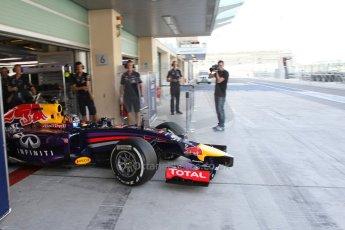 World © Octane Photographic Ltd. Tuesday 25th November 2014. Abu Dhabi Testing - Yas Marina Circuit. Infiniti Red Bull Racing RB10 – Carlos Sainz jr. Digital Ref: 1174LB7L9633